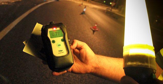 Delito contra la Seguridad Vial por negarse a la realización de las pruebas de alcoholemia por aire espirado. Sentencia condenatoria contra el acusado.