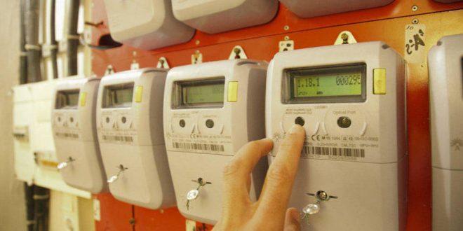 Condenada una comercial que visitaba domicilios por cambiar la suministradora de luz y gas a varios clientes