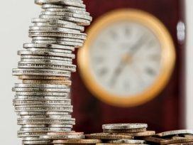 La extinción de la pensión compensatoria por la convivencia del excónyuge con un tercero comienza desde que este hecho se produce, con independencia de la fecha en que se interpone la demanda
