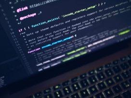 El CGPJ establecerá los requisitos que deben cumplir los sistemas informáticos para que su uso obligatorio pueda ser exigido a jueces y magistrados