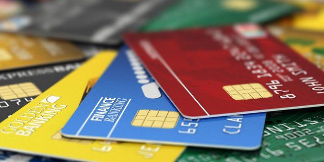 Condenado el exempleado de una tienda de ropa por clonar tarjetas