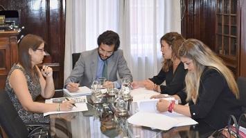 Reunión de representantes de la Confederación Española de la Abogacía Joven con el asesor de la ministra de Justicia