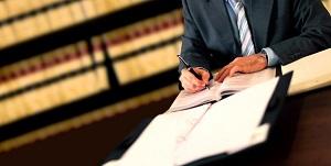 Los abogados deberán darse darse de alta en el Registro Mercantil obligatoriamente
