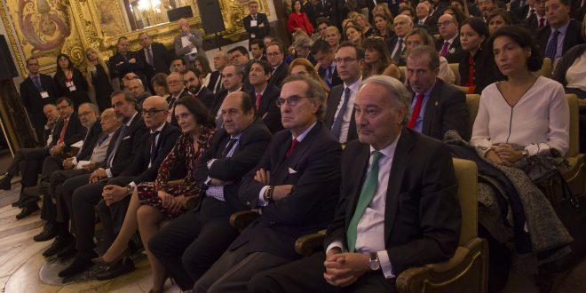 Difusión Jurídica presenta Global Economist & Jurist y celebra los 25 años de Economist & Jurist