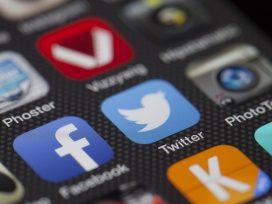 No alegando la usurpación de tu cuenta de Twitter, se entiende que los tuits son tuyos
