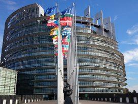 Se aprueban algunas mejoras de conducta de los eurodiputados