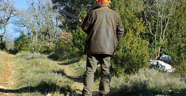 Condenan a prisión a un cazador por el homicidio de dos agentes rurales
