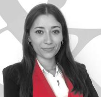 Lucía Martín-Sanz, de Herrero & Asociados, recibe el primer premio de Secciones otorgado por el ICAM