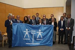 Más de 7.000 abogados de Castilla y León denuncian que el Ministerio de Justicia no paga el...