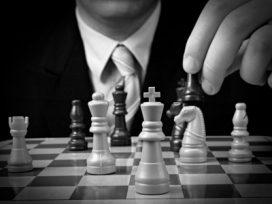 ¿Cómo puede el abogado refutar los argumentos adversos?