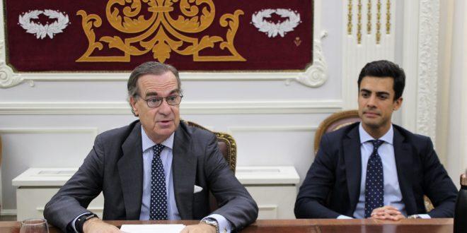 """José Mª Alonso: """"Queremos que este colegio informe todos los proyectos legislativos ante la Asamblea de Madrid"""""""