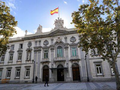 El Tribunal Supremo ha sentado doctrina sobre el pago de las costas judiciales por parte del Ministerio de Hacienda en caso de desistir en el litigio.