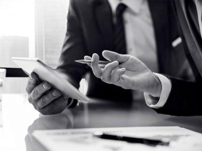 Abogados obligados a inscribirse en el Registro Mercantil: modelo de formulario de inscripción