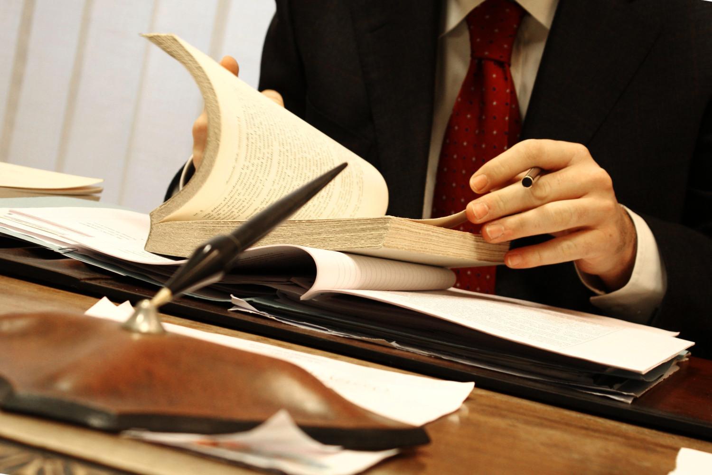 El abogado en el tiempo de vida y oficio | E&J