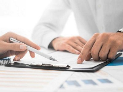 Nulidad por cláusulas abusivas de afianzamiento solidario y vencimiento anticipado en los préstamos personales