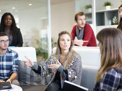 ¿Becario o trabajador? La relación laboral encubierta por una beca es muy común en nuestro mercado de trabajo