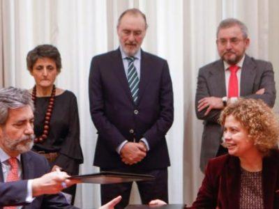 El CGPJ y el Colegio de Registradores firman un convenio que permitirá a los jueces conocer la titularidad real de las sociedades mercantiles