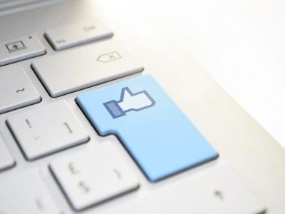 """Corresponsable por instalar el botón """"me gusta"""" de Facebook y utilizar los datos personales obtenidos sin autorización (STJE de 29-07-2019, Fashion ID (C-40/17)"""