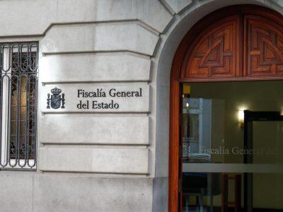 """Análisis jurídico de la Instrucción de la FGE frente a las """"okupaciones"""""""