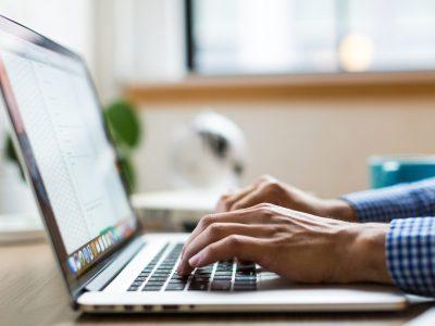 Trabajo a distancia: análisis de la nueva normativa que lo regula