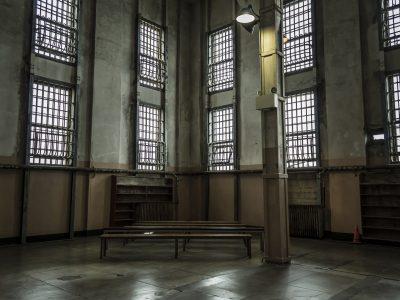 Vigilancia penitenciaria: Auto estimatorio de intervención de comunicaciones